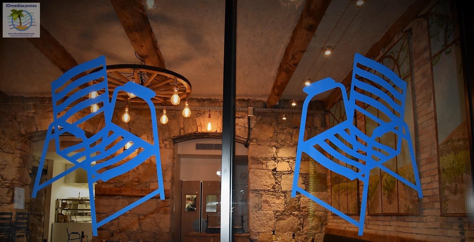 Chaise Bleue Gourmande – Nice