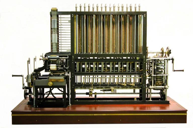 Programação e computação: Imagem da Máquina analítica de Charles Babbage, maquina de cálculo metálica.