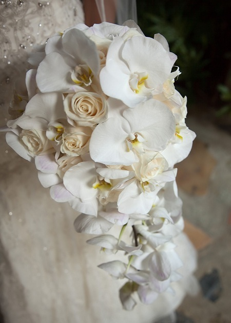 21 AMAZING ORCHID BOUQUETS  I do Ghana