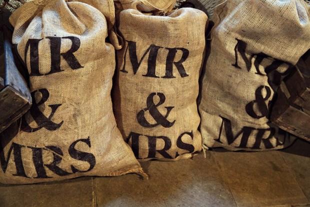 sacks vintage barn wedding