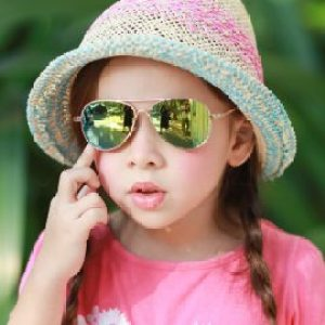 Kids I - IE68038, Girl wearing a Gold aviator frame