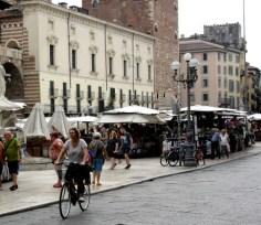 cyclists-of-verona-3