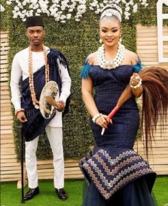 SEE SWEET LOVE!!! THESE AMAZING OUTFITS FOR TRADITIONAL MARRIAGES WILL MAKE YOU MOVE YOUR WEDDING DATE!  nigerdelta weddings x 246x300