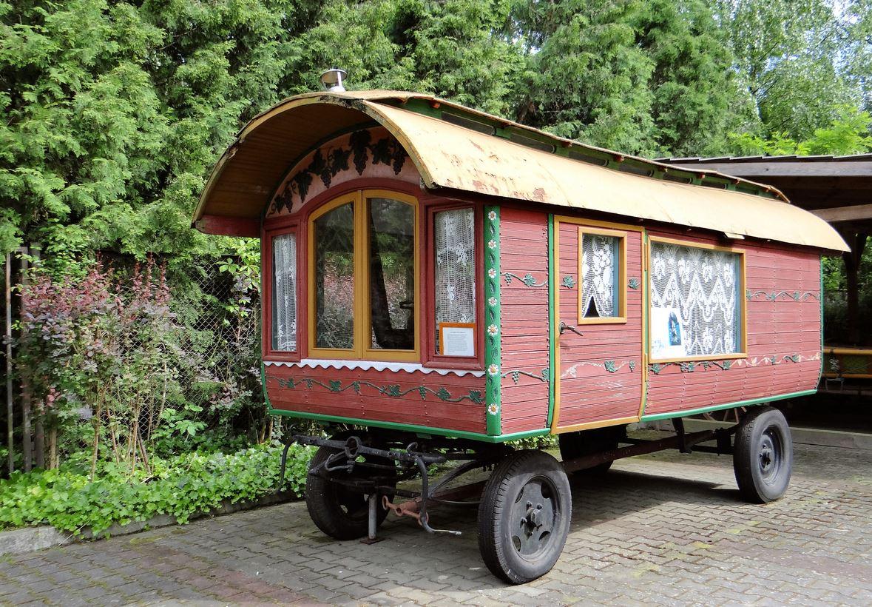 Types of Tiny Houses - Gypsy Wagon