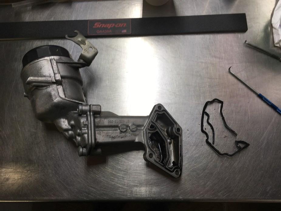 OM642 Oil Filter Flange Leak Gasket