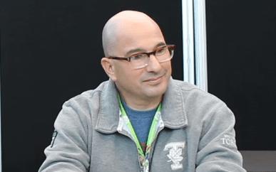 "Ed Decter dá entrevista para o site Assignment X sobre ""Shadowhunters"""