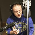 """Reilly Dolman irá narrar o 1º conto de """"Fantasmas do Mercado das Sombras""""!"""