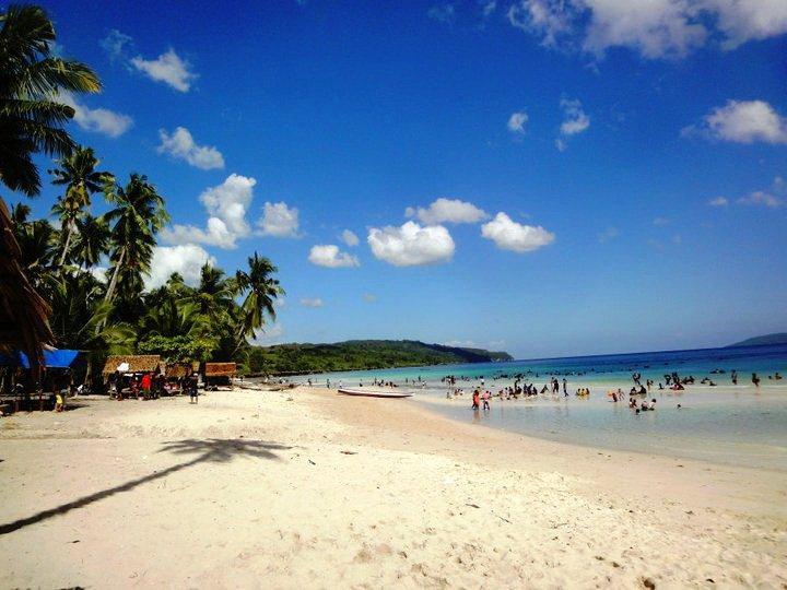 Pantai Nirwana Yang Mempesona