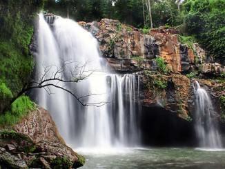 Pesona Air Terjun Tegenungan Gianyar Bali Yang Indah Sekali