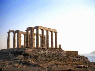 KUIL POSEIDON di Yunani Yang Menarik Untuk Dikunjungi