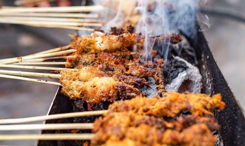 Sate Klopo Kuliner Surabaya Yang Unik