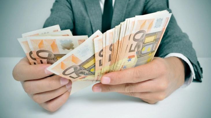 IELTS Speaking Sample Questions: Money