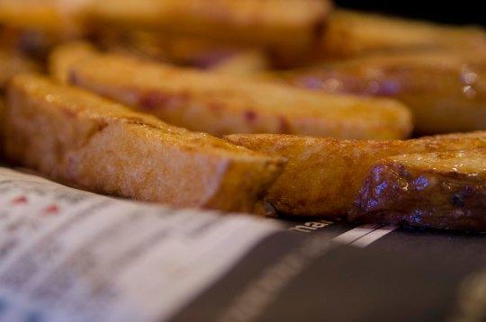 Ingen ting smaker så godt som nystekte pommes frites når man er skikkelig sulten!