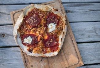 Pizzaen vår er bedre enn den vi fikk i Napoli, til tross for ekte San Marzano som var dyrket i Napoli...
