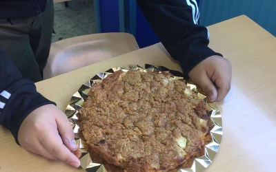 "Cook a Thanksgiving Recipe ""Apple Crumble"""