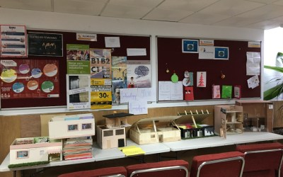 Construcción de maquetas de viviendas en Tecnología