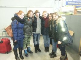 Spanish students with identical twin sisters from Tampere