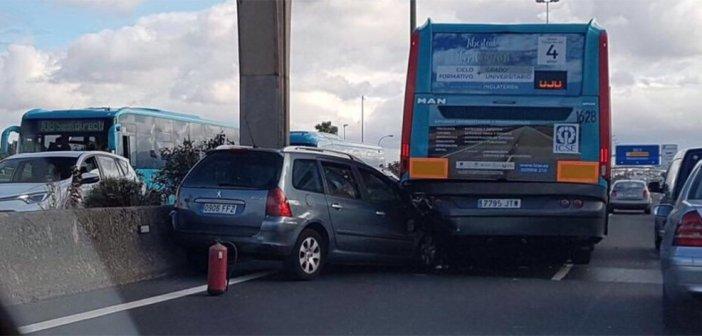 Gran Canaria: погибший и более 10 раненых при столкновении на шоссе