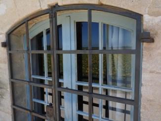 Задержана преступная группа, которая крала деньги и украшения в домах на Тенерифе
