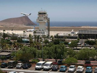 Очередной скандал с англичанами на борту самолёта рейсом на Тенерифе