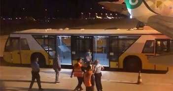 """Рвота и обморок в рейсе на Канары из-за """"вонючего"""" пассажира"""