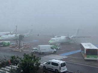 Туман в районе северного аэропорта Тенерифе - перенаправления и отмены рейсов
