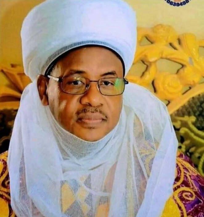 BREAKING: Kidnappers Abduct Emir Of Bungudu Along Abuja-Kaduna highway
