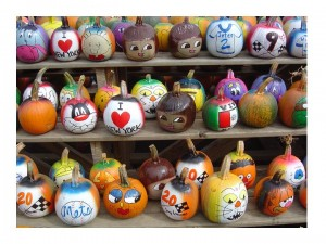 Painted Pumpkins Creative halloween craft ideas