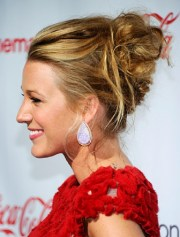 blake lively messy updo hairstyles