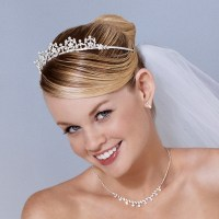 Wedding Hairstyles for Short Hair with Tiara - Fashion ...