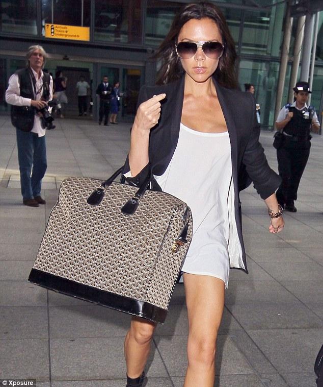 short-girl-big-handbag