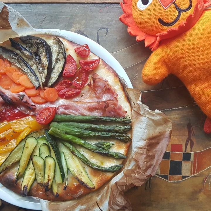 Nasci (in un) quadrato, esci pizza