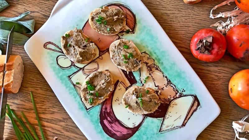 Patè vegan di melanzane per crostini
