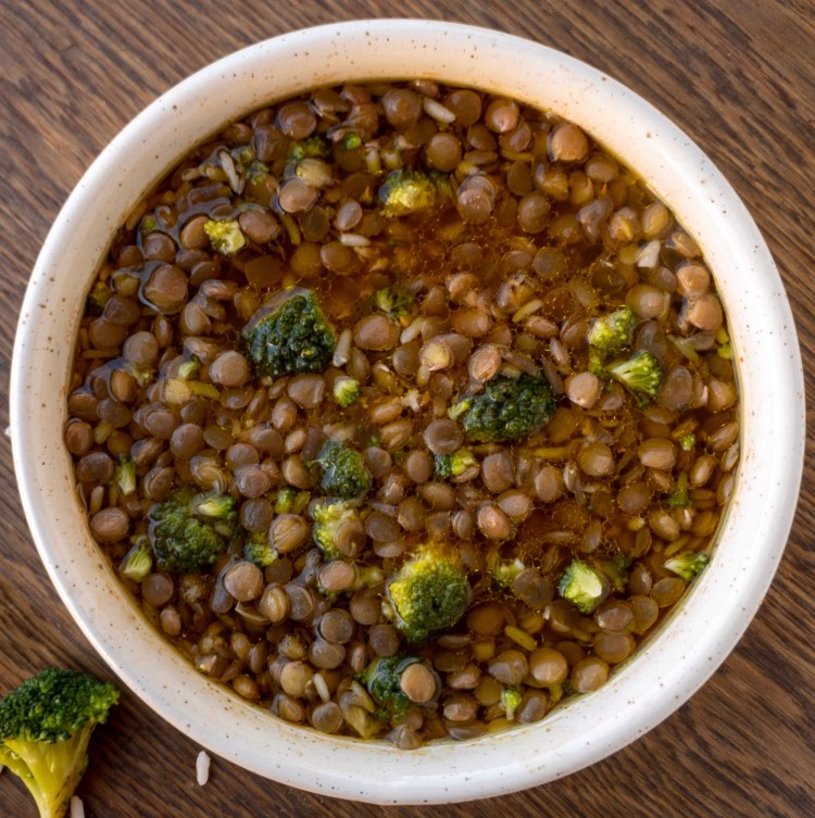 Lenticchie in umido con broccoli e riso