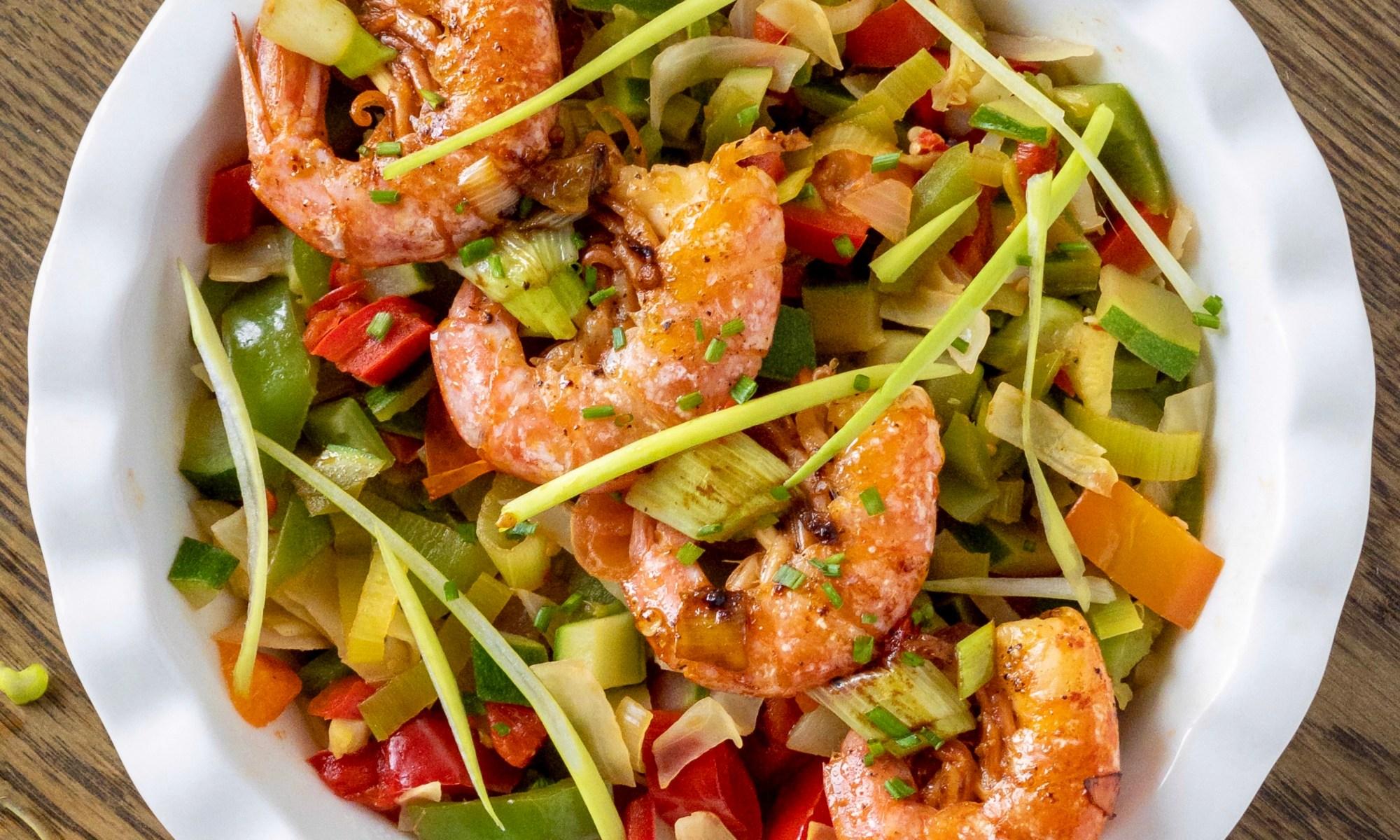 wok di verdure e gamberi piccanti