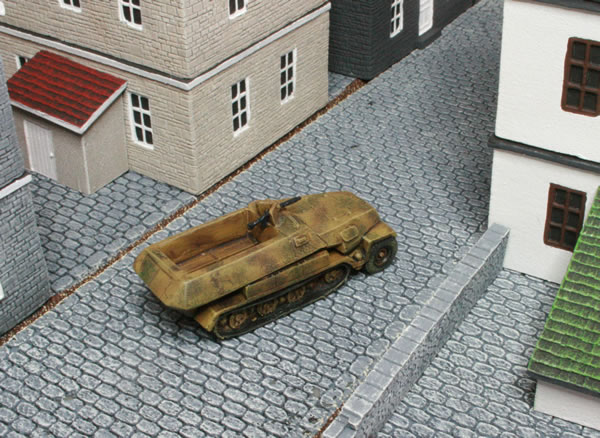 SDD Sd.Kfz. 251, scenery from Battlefront