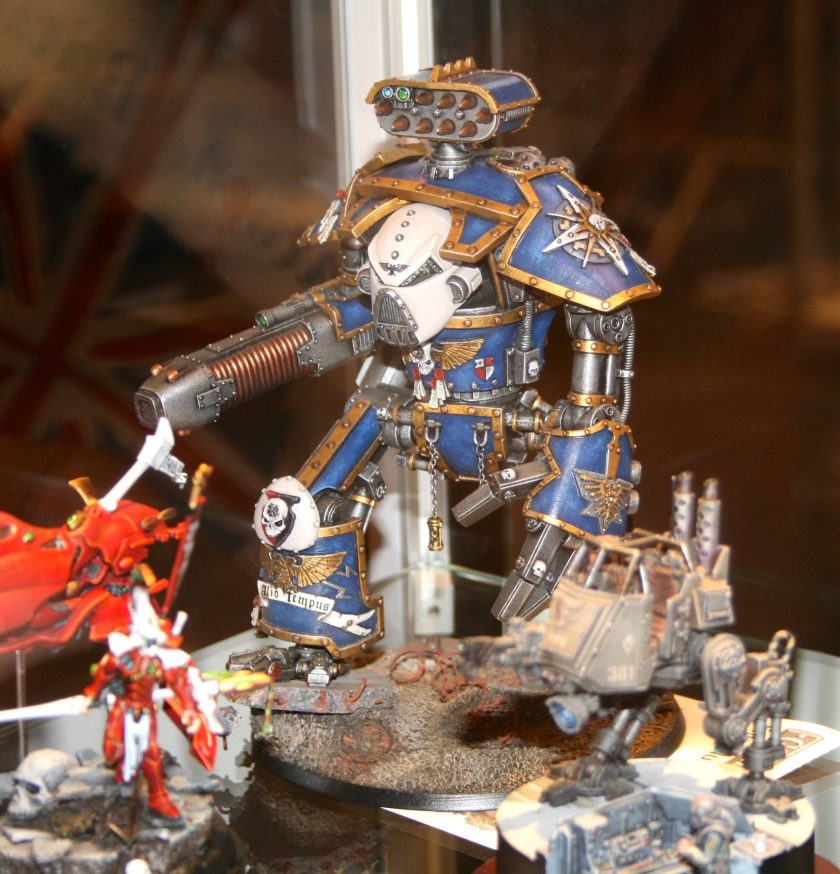 Imperial Knight from the GamesDay 2010 Golden Demon Awards.