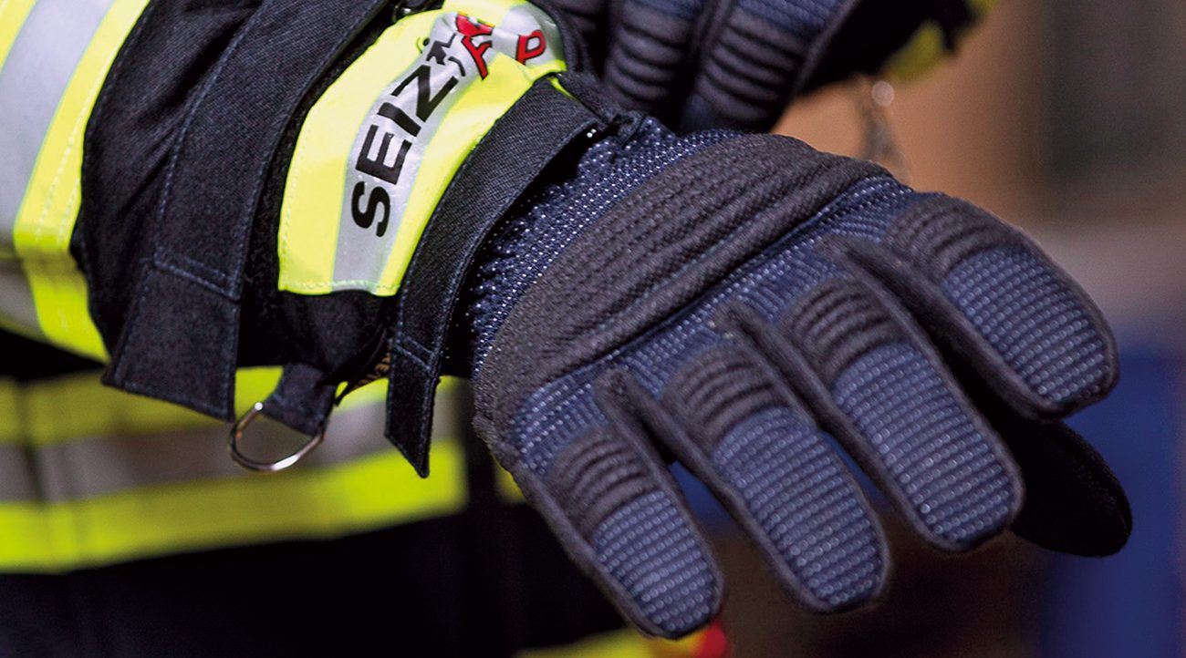 SEIZ® Fire-Fighter Premium is the world's best-selling firefighters glove.
