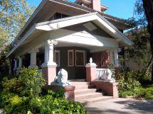Neighborhood Style House Talk
