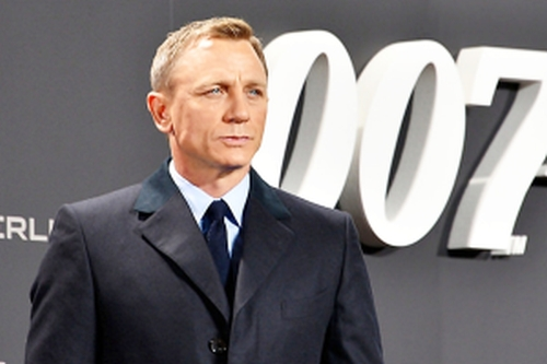 Daniel Craig Resized