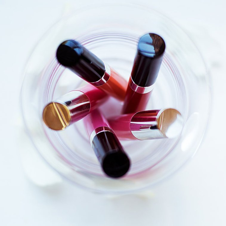 Be aware of harmful chemicals that may be in your makeup