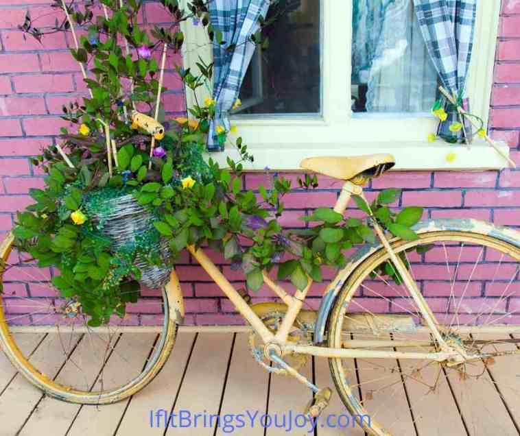 Bike porch decor