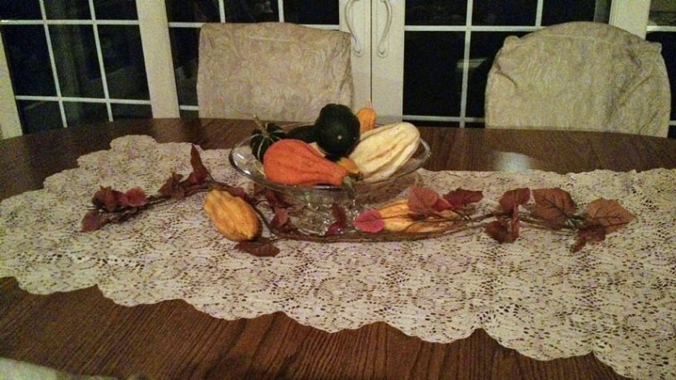 Table centerpiece using items from nature