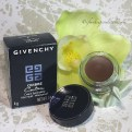 Givenchy 9 Brun Cachemire Ombre Couture Cream Eyeshadow.
