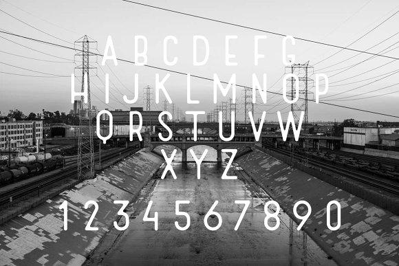 Rush Display Font