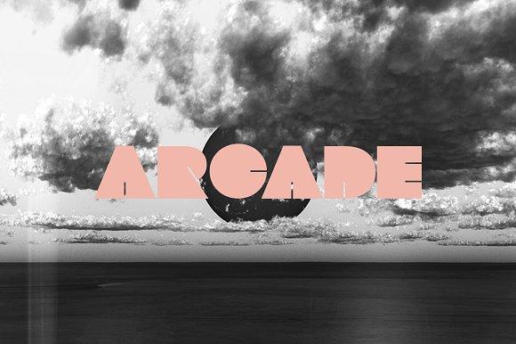 DRAKE | A Display Font