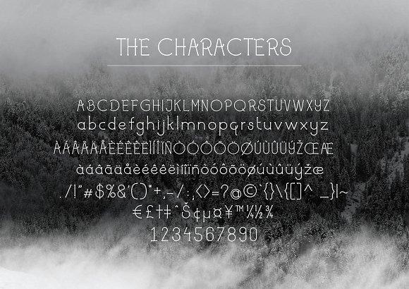 Saqanone Font