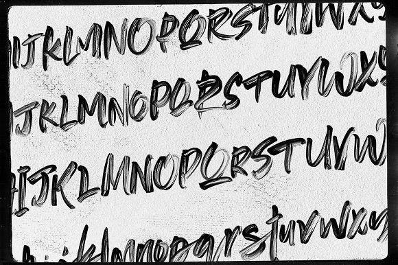 Supreme Spirit Brush Font