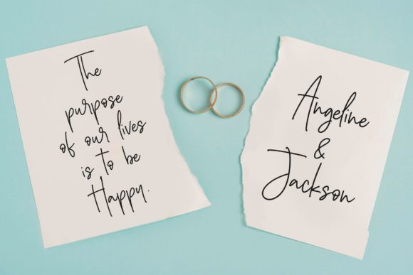 Silver Buttercup Font