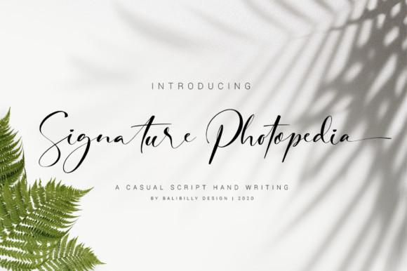 Signature Photopedia Font